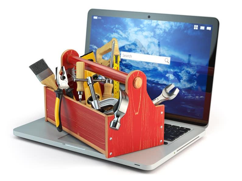 Jak dbać o laptopa, by uniknąć naprawy?
