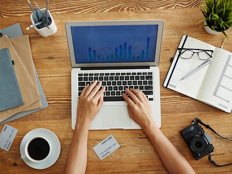 Jak kupić dobry laptop? Na co zwrócić uwagę?